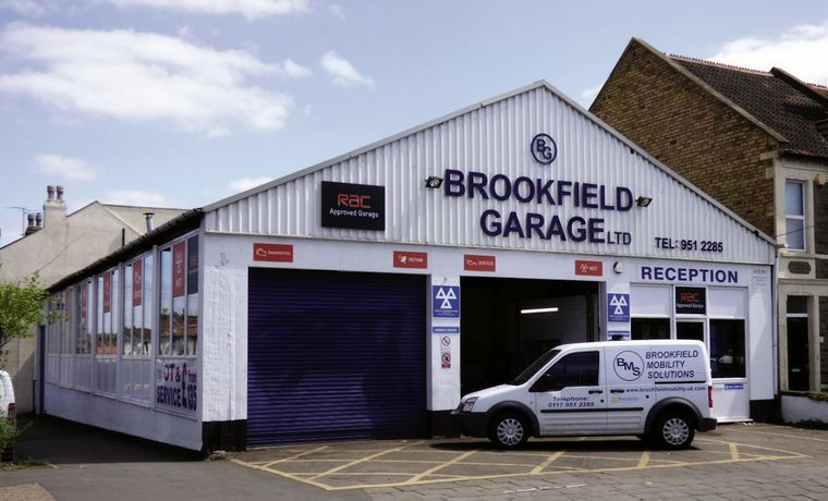 Brookfield garage approved MOT vehicle station